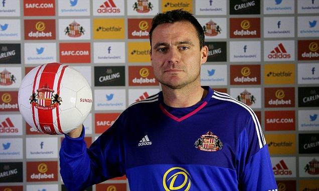 Sunderland AFC Unveil New Signing StevenHarper